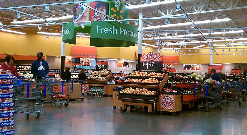 Produce_Section_By_Maryland_Pride_(Own_work)__[CC-BY-SA-3.0_(http_creativecommons.org_licenses_by-sa_3.0)]_via_Wikimedia_Common